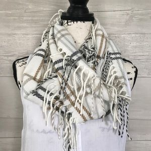 Accessories - Infinity Fringe Scarf
